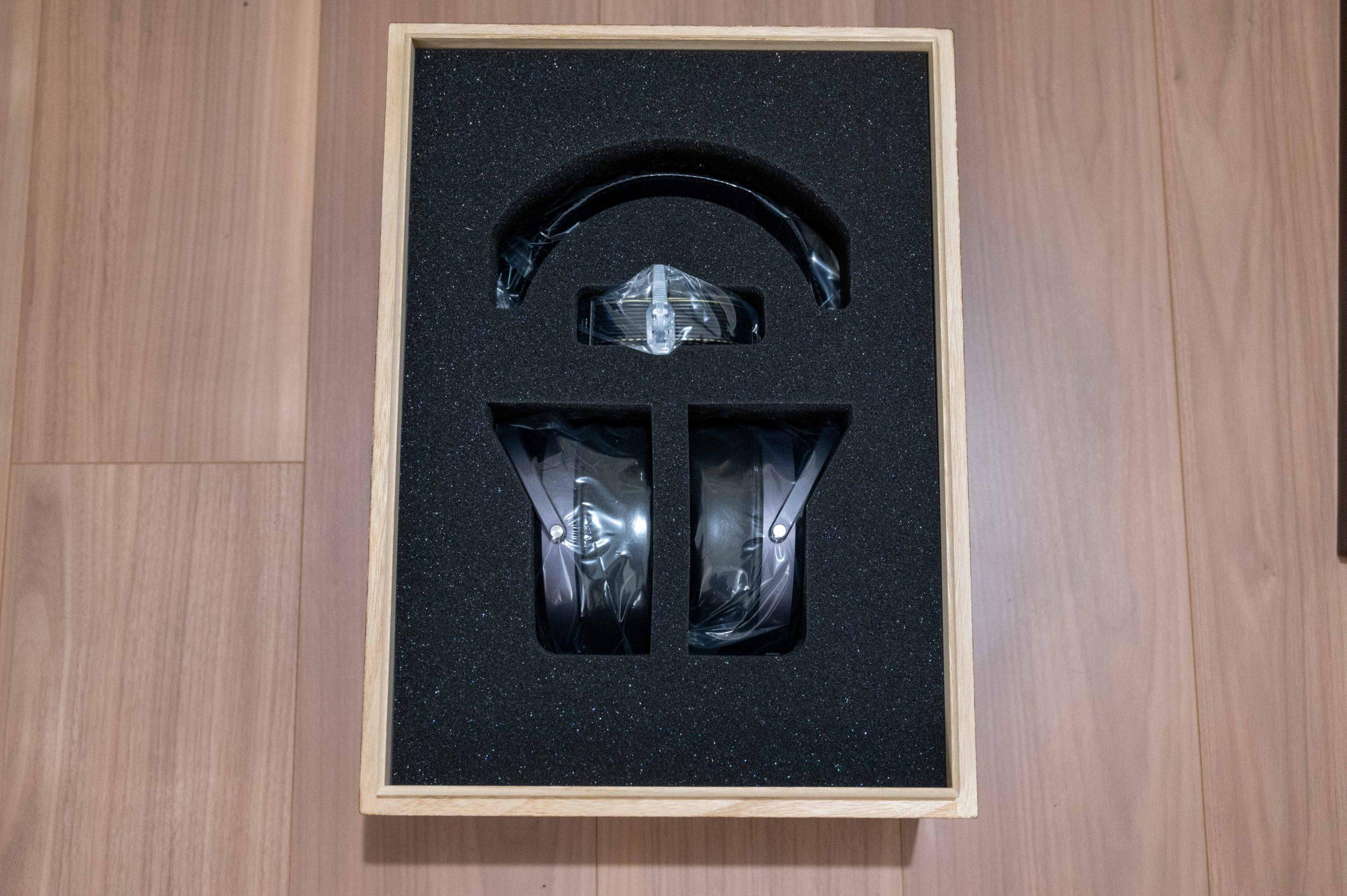 SR-009BK Box Interior